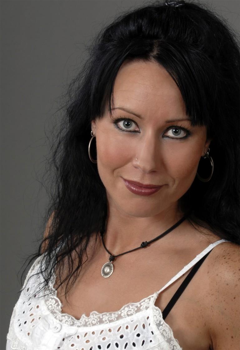 SÅngerska Trubadur Bröllopsmusik Mirja Qee Eventkraft